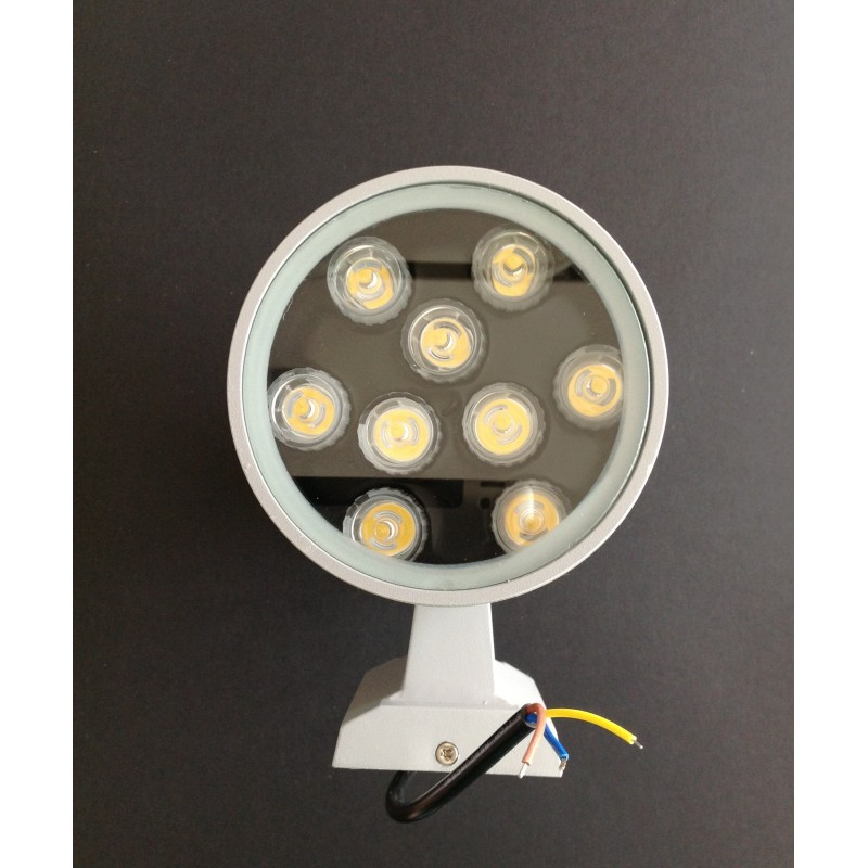 Applique murale led 2x9 watts pour l 39 ext rieur for Applique murale exterieure led