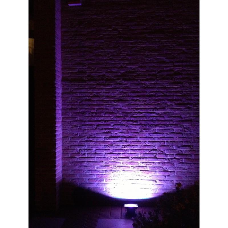 Spot exterieur couleur changeante cool boule solaire for Spot led exterieur couleur